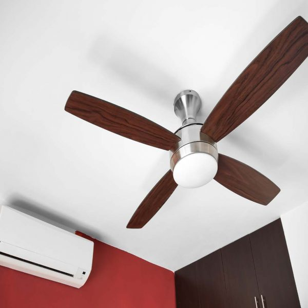 Air Conditioners or Ceiling Fans: Which is better?