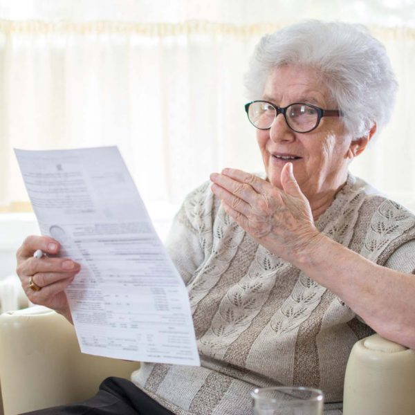Elderly: Typical Victims of Expensive Bills